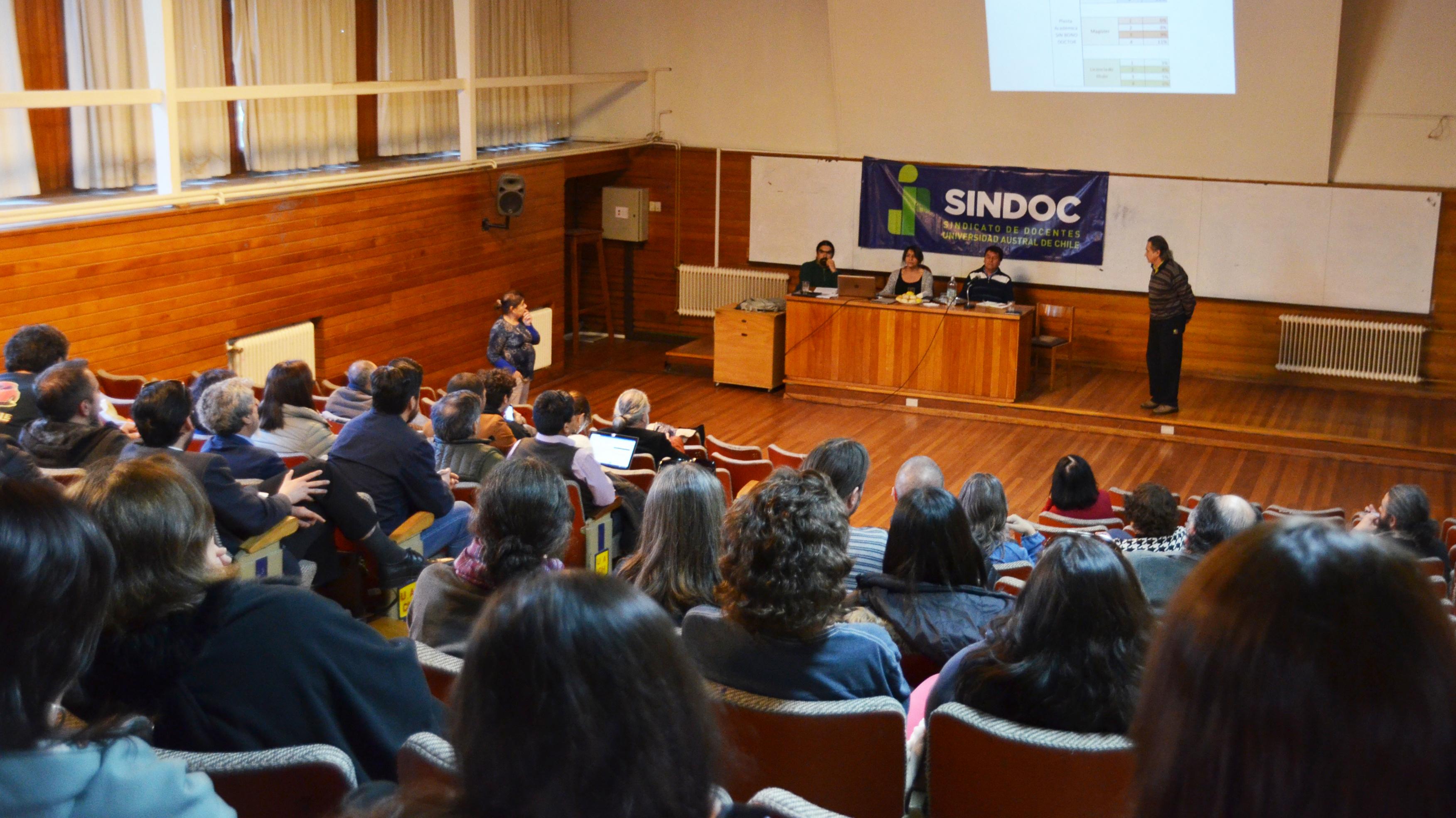 SINDOC en Negociación Colectiva: Por la Valorización de la Academia